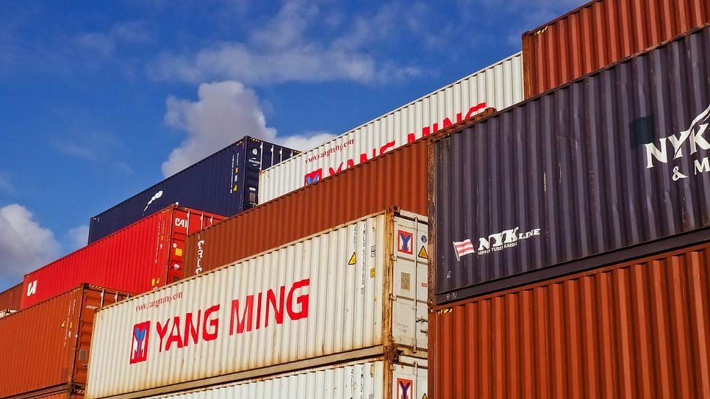 Exportación directa e indirecta ventajas
